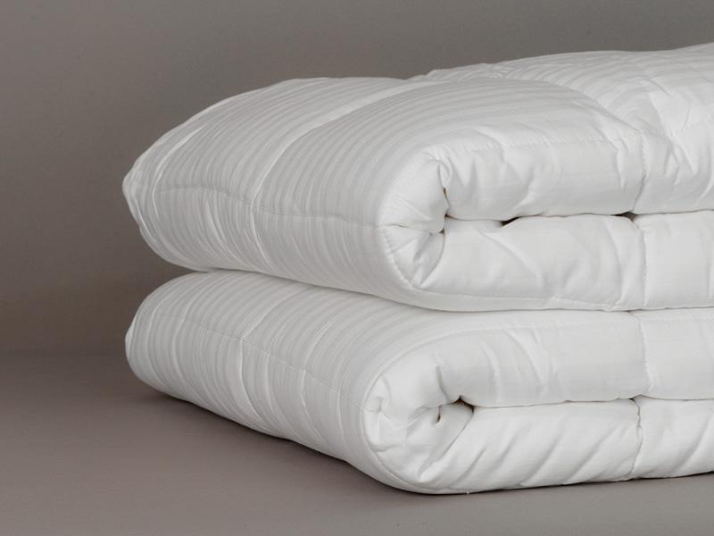 couette bambou confort 250g m 200 x 200 cm. Black Bedroom Furniture Sets. Home Design Ideas